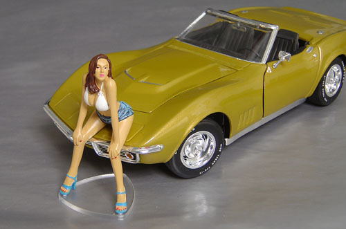 Bell, Fast Woman, Display her with your favorite car!