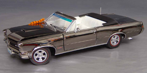 Very special Limited Edition 1965 GTO Convertible in black chrome
