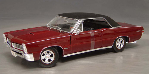 1965 Pontiac GTO, 389 tri-power, 4-speed