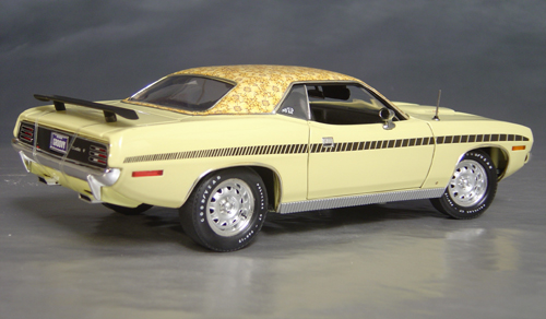 1970 Plymouth Cuda Yellow mod top/black strobe!