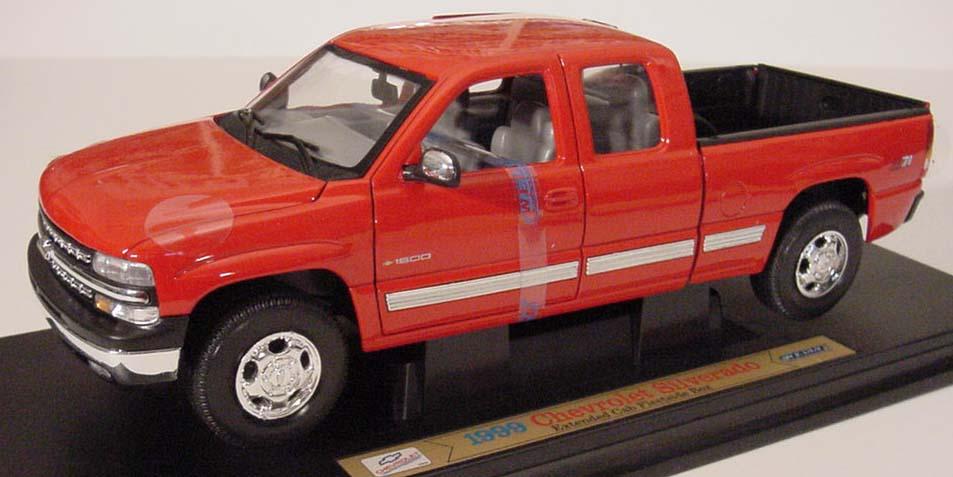 1999 Chevy Silverado Fleetside Box Ext Cab Z71 Details